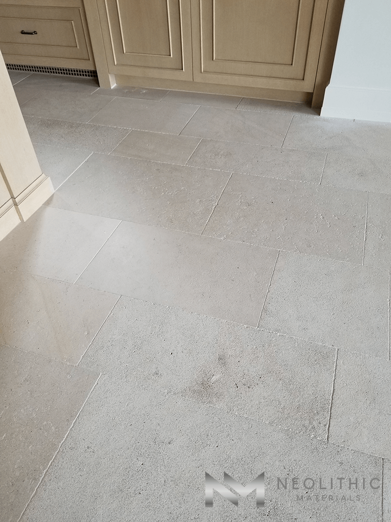 Close up view of Dalle de Foix Stone installed in a house